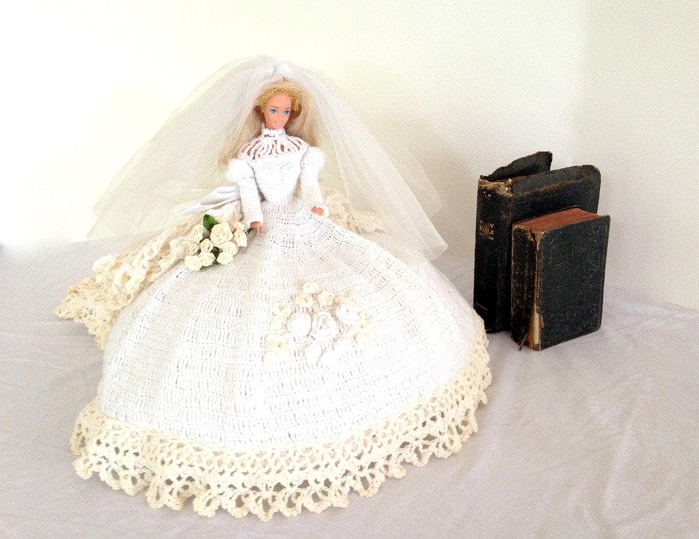 coussin de lit vintage poup e barbie en crochet fait main. Black Bedroom Furniture Sets. Home Design Ideas
