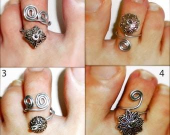 pick style: toe ring