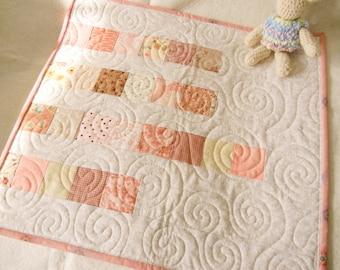 Doll's quilt - Pink Garden