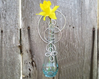 Hanging Wall Vase, Glass Flower Vase - Mother's Day gift, rooting cuttings, bud vase, patio, garden, kitchen, home decor, vessel, wall decor