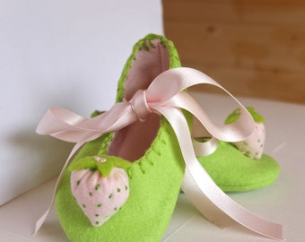 Lime Green And Pale Pink Strawberry Baby Booties