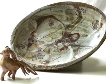 speckled monster oval bowl
