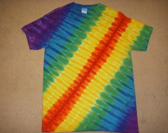 M tie dye tshirt, tire track design, Medium