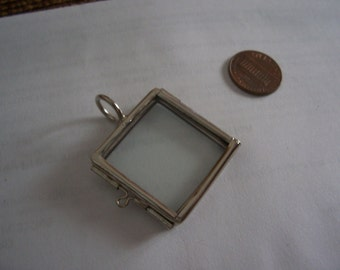 Smaller One Inch Square Silver Tone Finish Glass Hinged Locket