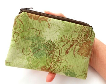 Green Little Zipper Pouch ECO Friendly Padded Coin Purse Rare Green Urban Couture