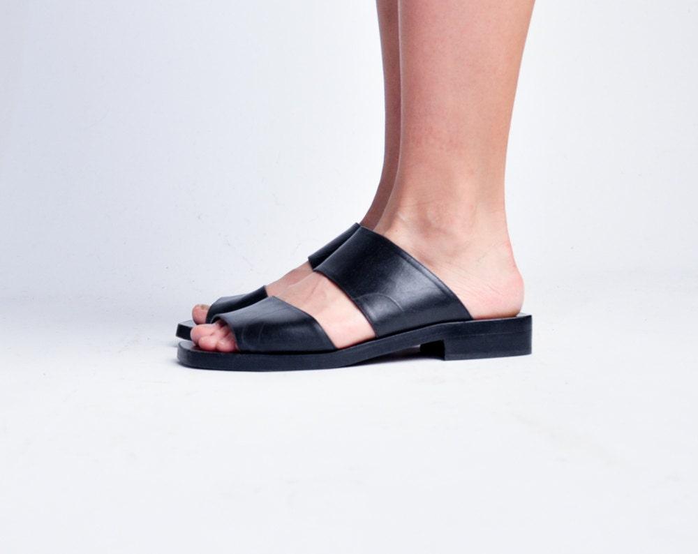 Seventeen Minimalist Sandals Black Leather Sandals