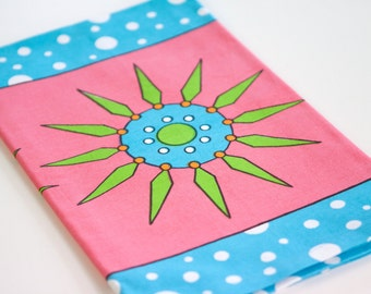 Stylish Pink Tea Towel - Pink Flowerpop