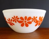Vintage Medium mixing bowl, unmarked Agee, pyrex glass, ovenware, orange flowers, milk glass dish, V0385