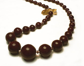 Strand of Vintage Graduated Glass Beads: Cherry Brown
