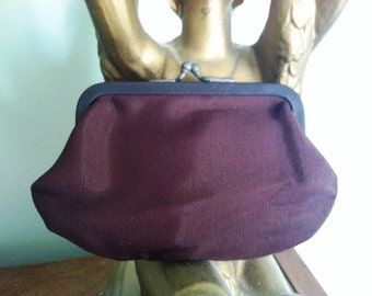 Vintage Brown Fabric 1940s Coin Change Purse Metal Kiss Closure Stocking Stuffer epsteam