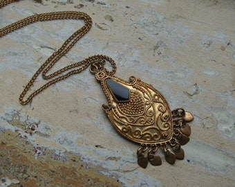 FREE SHIPPING Vintage Brass and Black Enamel Pendant Necklace