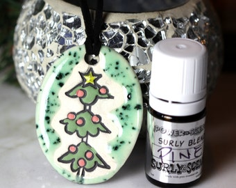 Pine Scented Ceramic Necklace with Pine Essential Oil