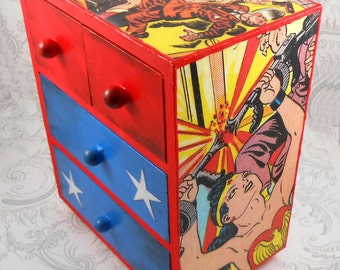 Custom Golden Age Wonder Woman Stash Jewelry Box