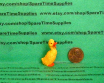 "Fibre Craft - 3679 - Duck - quacking - 1 1/4"" - 1 pc"