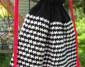 Black and White Houndstooth Cotton Drawstring Backpack