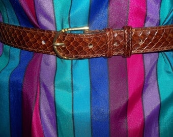 Sophisticated Vintage Snakeskin Skinny Belt - 32 inches