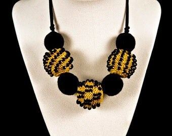 Black & Gold Knitted Bead Necklace