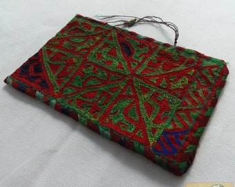 Afghanistan: Vintage Embroidered Pashtun Wallet or Pouch, Item E53