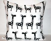 "Giraffe Pillow Cover 16"" x 16"" - Crackerbox"