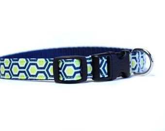 5/8 or 3/4 Inch Wide Dog Collar with Adjustable Buckle or Martingale in HoneyComb Navy