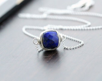 Lapis Lazuli Necklace in Sterling SIlver , Bezel Wrapped Gemstone Jewelry , Navy Blue Modern Minimalist Fashion