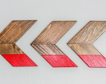 Red Color Dipped Wooden Chevron Arrow Wall Hanging Art Home Decor