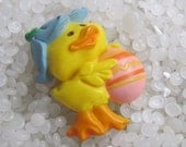 Vintage Hallmark  Easter pin, yellow duck with egg  plastic pin