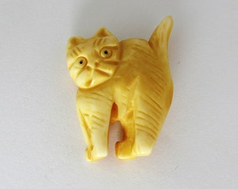 SALE - Scaredy Cat Large Bone Cat Focal Bead