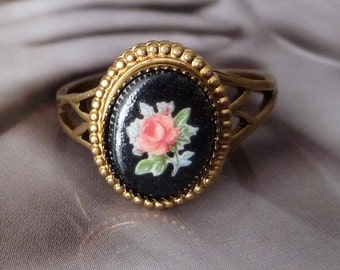 Vintage Style Ring - Edwardian Ring - Rose Cabochon Ring - Pink Rose - Black Ring - Caramba III Ring (SD0632)