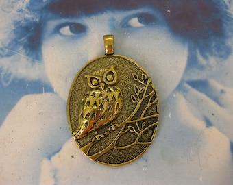 Antique brass Large Owl On a Branch Pendant 993GOL x1