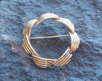 Winard Brooch, Pin, Fashion Pin, Vintage Winard 12K Gold Filled Womens  Brooch Pin