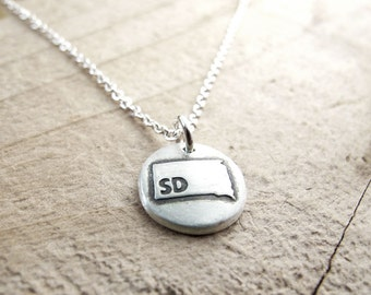 Tiny South Dakota necklace, silver state jewelry map pendant
