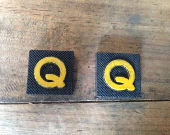 Vintage Wood Anagram Game Pieces, Q Initial, Create your own word or saying, Word Art, Home Decor, Custom Order
