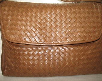Vintage Peruzzi Brown Soft Leather Handbag Purse Tote