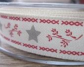 3 Metres Red Grey Ivory Christmas Mistletoe Ribbon