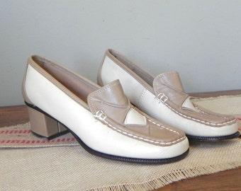 Vintage Italian chunky heels Italian women shoes mod retro 1960s tan brown cream 5 1/2 size 2 inch heel diamond two tone chunky heel Joseph