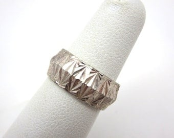 Sterling Etched Ring - Silver Wedding Band Art Deco