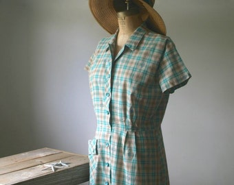 Vintage Day Dress, Vintage Dress, Hattie Leeds, Plaid Dress, Vintage Dress, Vintage Women's Fashion, Vintage Plaid Dress, Summer Fashion