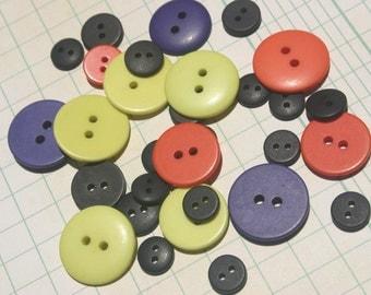 Orange Black Purple Green Buttons - Matte Sewing Button - 24 Buttons - AUTUMN HALLOWEEN BUTTONS