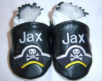 personalised leather shoes,personalised baby shoes, pirate baby shoes, leather booties monogrammed,black baby shoes
