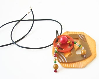 Vintage Bakelite  Necklace - Bakelite Buckles - Bakelite Button - Green Yellow Orange