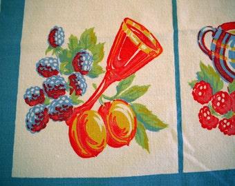 VinTAgE TaBLeCLoth - 1940's Fruit Cocktail