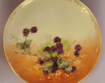 LIMOGES Plate BLACKBERRIES Signed Sweet meat DISH Pink Purple green gold white app 8 in diam Germany