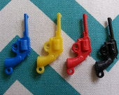 Plastic Jewelry Charms -  Assorted Pistols