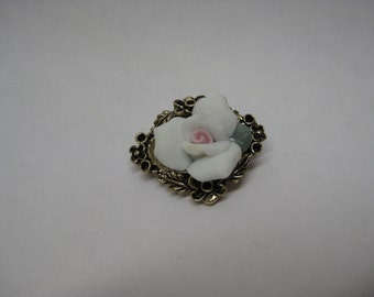 Rose Flower Brooch White Pink Green Gold Vintage Pin