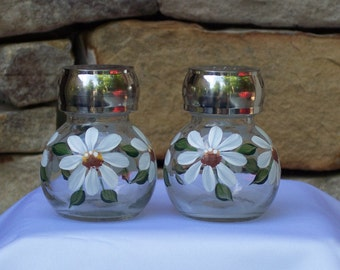 Hand Painted Glass Salt and Pepper Shakers with White Daisies