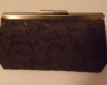 Vintage Lace Clutch in Black