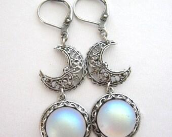 SALE Moon, Earrings, Silver Moonstone Earrings, Moonstone Jewelry, Crescent Moon, Moon Jewelry, Enchanted Moon, Full Moon, Antique Earrings