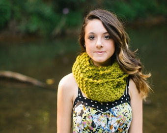 SALE  - READY to SHIP - Wool Blend Infinity Scarf in Lemongrass