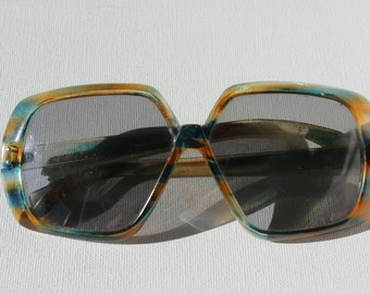 Vintage Foster Grant Sun Glasses Made in USA